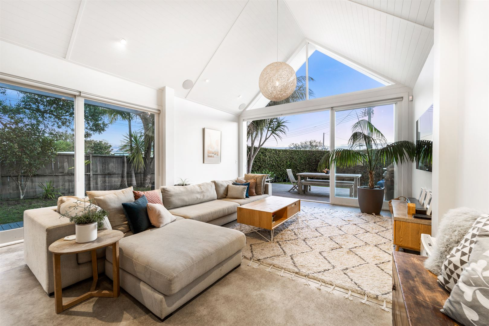 Photo of 17 Vincent Road, Northcote Point